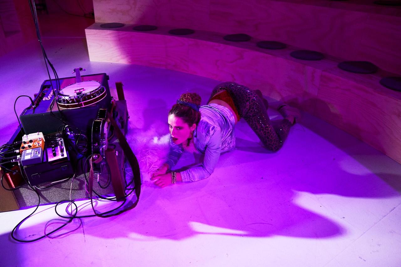 Momentet Aarhus Teater Foto Petra Kleis