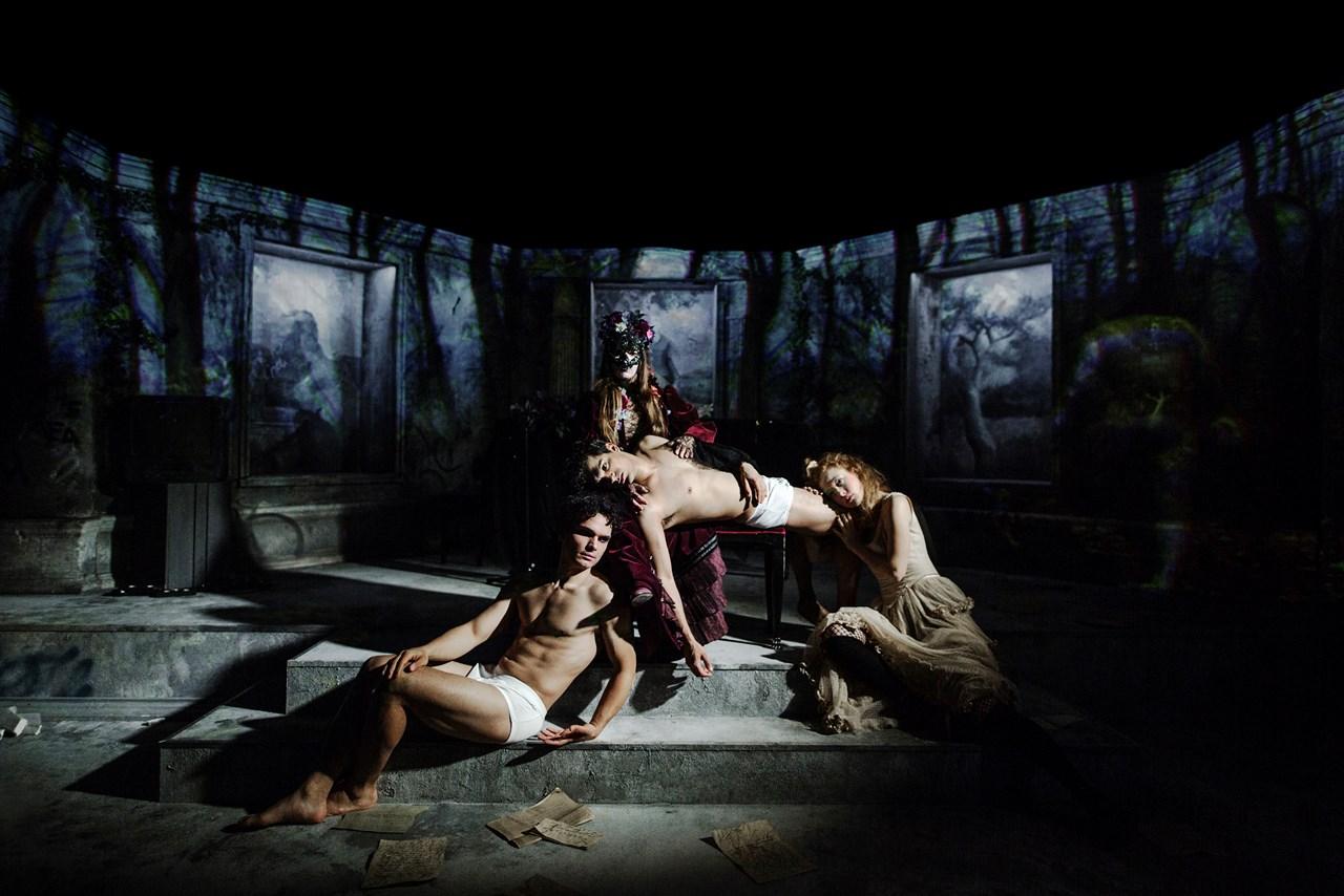 Denungewertherslidelser Aarhus Teater Foto Zuhal Kocan