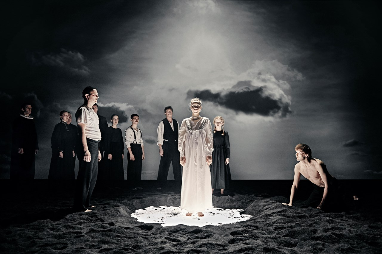Ordet Aarhus Teater Foto Emilia Therese