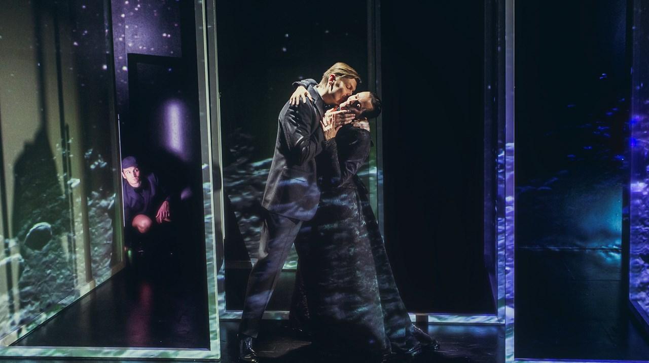 Brændende Hemmelighed  Kærlighedens forrykte former Zweig Aarhus Teater